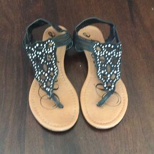 Rampage black thong sandal